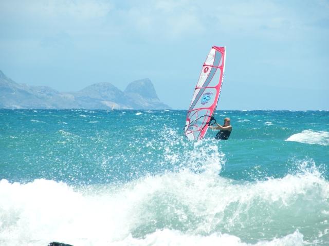 Fifi dropping in - Maui