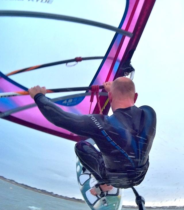 Tez PLavenieks windsurfing testing teh SJ400 action cam 2